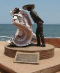 Ballet Folklorico Statue